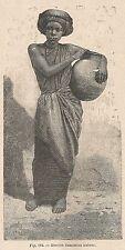 A2822 Giovine domestica habesc - Xilografia - Stampa Antica del 1895 - Engraving