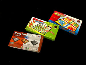 Snake & Ladders Ludo Chess Set Foldable Magnetic Board Travel Game 24.5x24.5cm