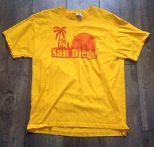 EUC Anchorman Ron Burgundy Will Ferrell Stay Classy San Diego Yellow T Shirt XL