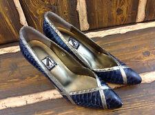 J. Renee Faux Snake Skin Closed Point Toe Size 8M Blue Vintage