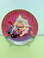 Looney Tunes Sylvester Porky Pig Daffy Duck Plate Scarlet Pumpernickel New Cond.
