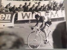 CYCLISME : LIGNE DROITE À FONDS !!   -  Photo de presse - Format 24x18cm