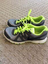Nike Revolution 2 Tennis Shoes Size 5.5