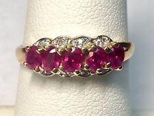 14 Carati Oro Giallo Taglio Ovale Rubini & con Accenti Diamanti da Donna Anello