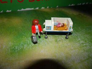 Playmobil 4225 Baby mit Notärztin Inkubator Brutkasten