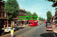 R522699 East Finchley. High Road. Postcard