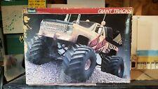 Large 1:16 scale Revell Giant Tracks Chevy 4x4 truck squarebody UN BUILT unbuilt
