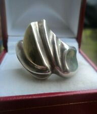 Attractive Modernist Abstract Sterling Silver & Gold Fronted Ring  -  Size  O