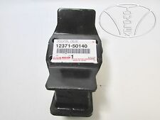 GENUINE TOYOTA NEW OEM 12371-50140 TRANSMISSION MOUNT FOR LEXUS LS430 2001-2006
