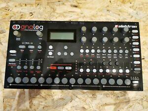 Elektron ANALOG FOUR MKI Synthesizer
