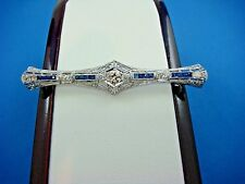 MAGNIFICENT 18K WHITE GOLD ART-DECO DIAMONDS AND SAPPHIRES FILIGREE BROOCH