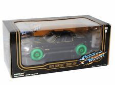 "1977 PONTIAC TRANS AM ""SMOKEY AND THE BANDIT"" MOVIE 1:24 BY GREENLIGHT CHASE"