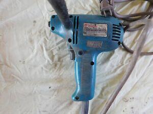 """Makita GV5000 5"""" Disc Sander Polisher Corded Electric 115V 4500RPM 3.6A 50-60Hz"""