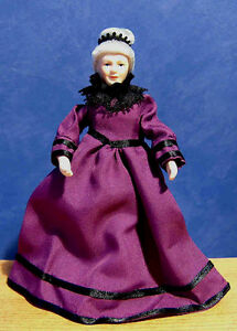 1/12, Dolls House Miniature Grand Mother Lady doll people miniatures Grandma LGW