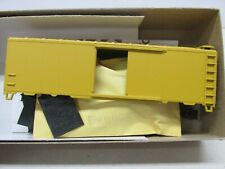 ATHEARN~ #1200~ UNDECORATED~ 40' BOXCAR-YELLOW-KIT~HO SCALE