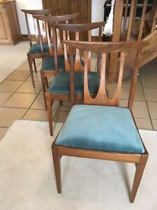 A Striking Set Of Four Midcentury Dining Chairs 1960/70s Danish Style