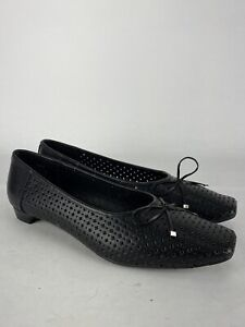 Beacon Perforated Womens Black Slip On Flats Shoes Bow Size 12 M
