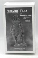 Bombshell BOM75002 Tara the Swordmistress (1/24th Scale) Female Warrior Champion