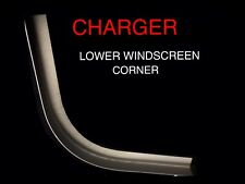 VALIANT CHARGER FRONT  WINDSCREEN CORNER RIGHT RUST REPAIR