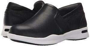SoftWalk Women's Vantage Loafer, Black