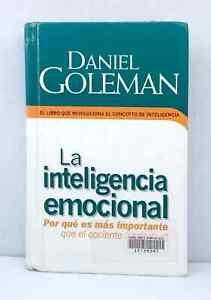 La Inteligenca Emotional by Daniel Goleman in Italian ex-library hardcover copy