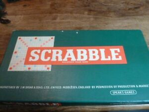 Spear's Scrabble original classic board game vgc