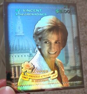 ST VINCENT PRINCESS DIANA HOLOGRAM STAMP 1998 MNH SELF ADHESIVE DIANA MEMORIAL