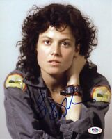 Sigourney Weaver Alien Autographed Signed 8x10 Photo Authentic PSA/DNA COA