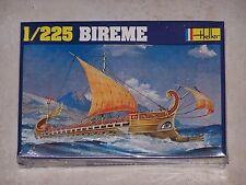 Maquette HELLER  1/225ème BIREME