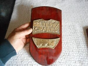 Ancienne Plaque Bronze-Bois offerte aux acheteurs de Grue PPM Terrex Crane