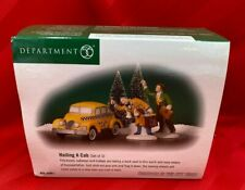 Department 56 Hailing a Cab Heritage Christmas in the City. 58961 Mint in Box