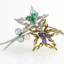 STILVOLLE BROSCHE mit 3 Perlen, Amethysten und Smaragden, 14K/585 Gold - 7,1 g