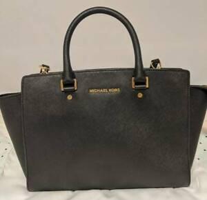 Michael Kors Selma Bag Large (Black)