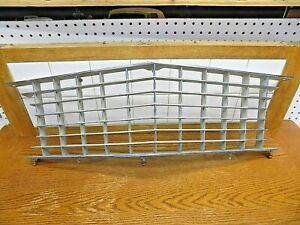 Oct 1963-1964 Buick Riviera Part Front Center Grille