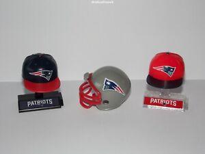 New England Patriots NFL-2 x Mini-Kappe inkl. Displayständer + Mini Helm- B-Ware