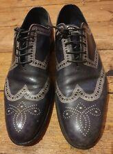 Louis Vuitton size 7.5 black leather shoes. Lace up, stitch print design.