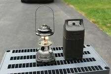 Coleman 285-700 Unleaded 2 Double Mantle Lantern in Plastic Case 11/89 Tested