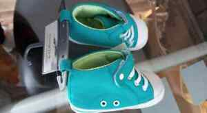 Baby Pram Shoes 6 - 12 months Shoes Booties Sneakers Teal & White Soft New