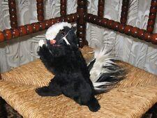 Old Vintage Steiff Cosy Skunk 4920/22 69-74 No ID RARE Begging Animal