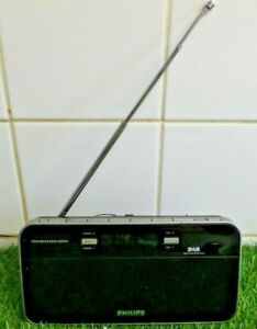 PHILIPS DAB FM Portable Radio - Black. Model No AE5200 FULLY TESTED AND WORKING