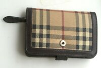 Burberry Vintage Women's Leather Wallet