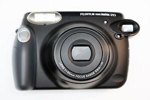 Fujifilm Instax 210 Großformat Sofortbildkamera TOP