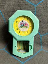 Vintage Furry / Secret Families Mole House Green Clock Playmates Takara