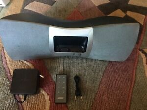 BOSE SKYFi Audio System by Delphi  BOSE  with remote and AC & remote