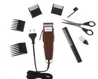 MOSER 1400-0278 PLUS Professional Hair Clipper / Trimmer + 4 Combs
