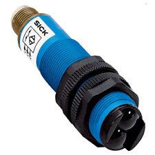 H● SICK VTE18-3P8712 Photoelectric proximity sensor ,PNP,New.