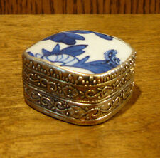 Oriental Trinket Box #1826F blue/cream porcelain inlay NEW from Retail Store