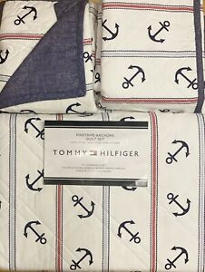 TOMMY HILFIGER PINSTRIPE ANCHOR FULL QUEEN QUILT SET W / SHAMS 3PC BLUE NAUTICAL