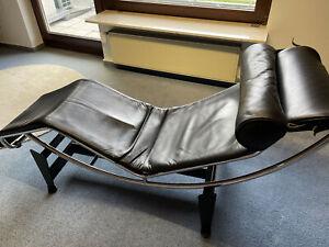Le Corbusier LC4 von Cassina mit Zertifikat und Gravur der Produktionsnummer