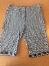 R-Q-T Women's Size 12 Black And White Checkered Long Shorts Capri Pants E107